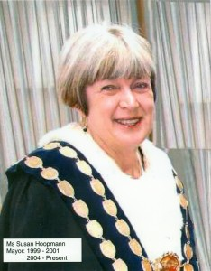 Sue Hoopman  Mayor 1999-2001,2004-2012