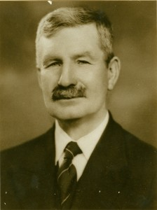 Charles R Fairland
